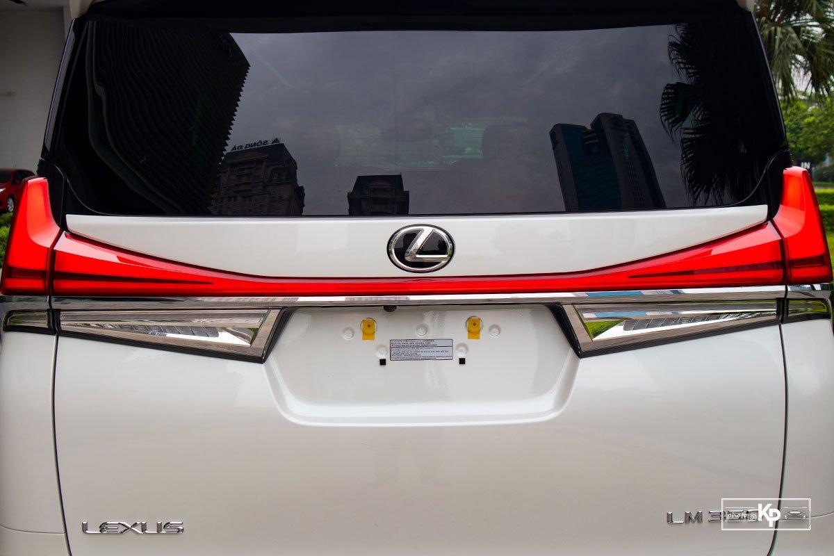 Ảnh Đèn hậu xe Lexus LM 350 2021