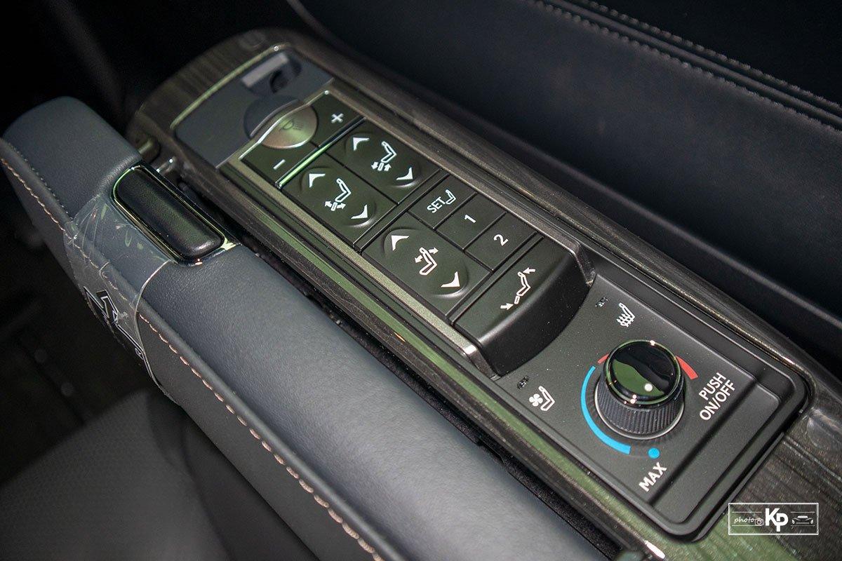 Ảnh Điều khiển xe Lexus LM 350 2021