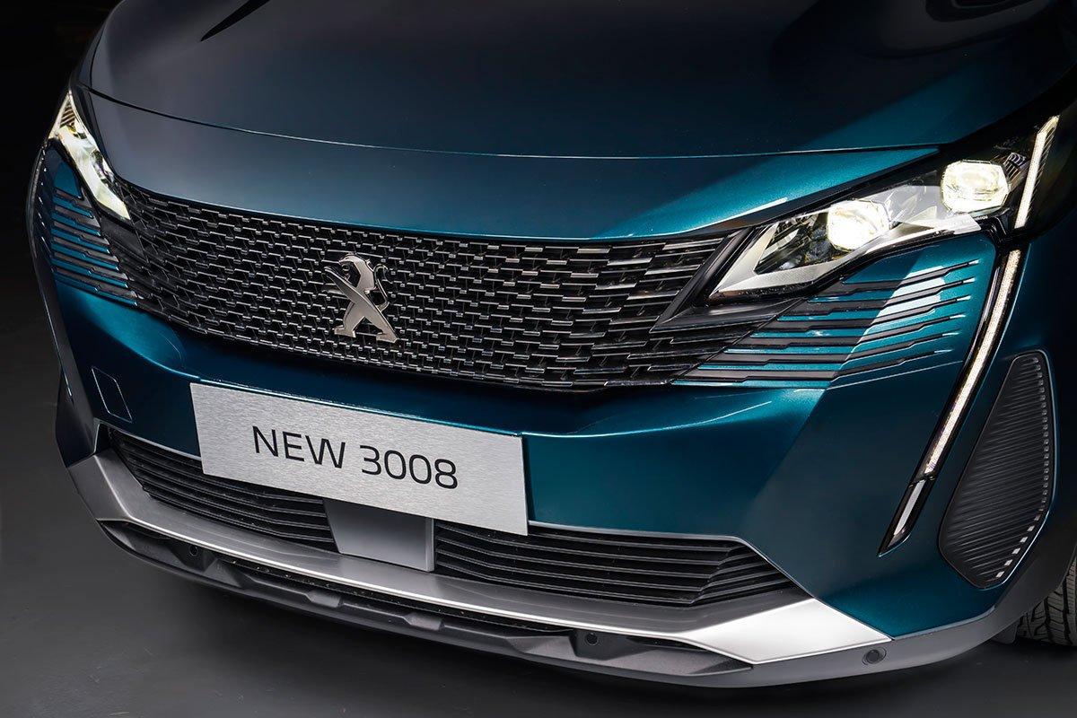 Peugeot 3008 2021 là phiên bản nâng cấp giữa vòng đời.
