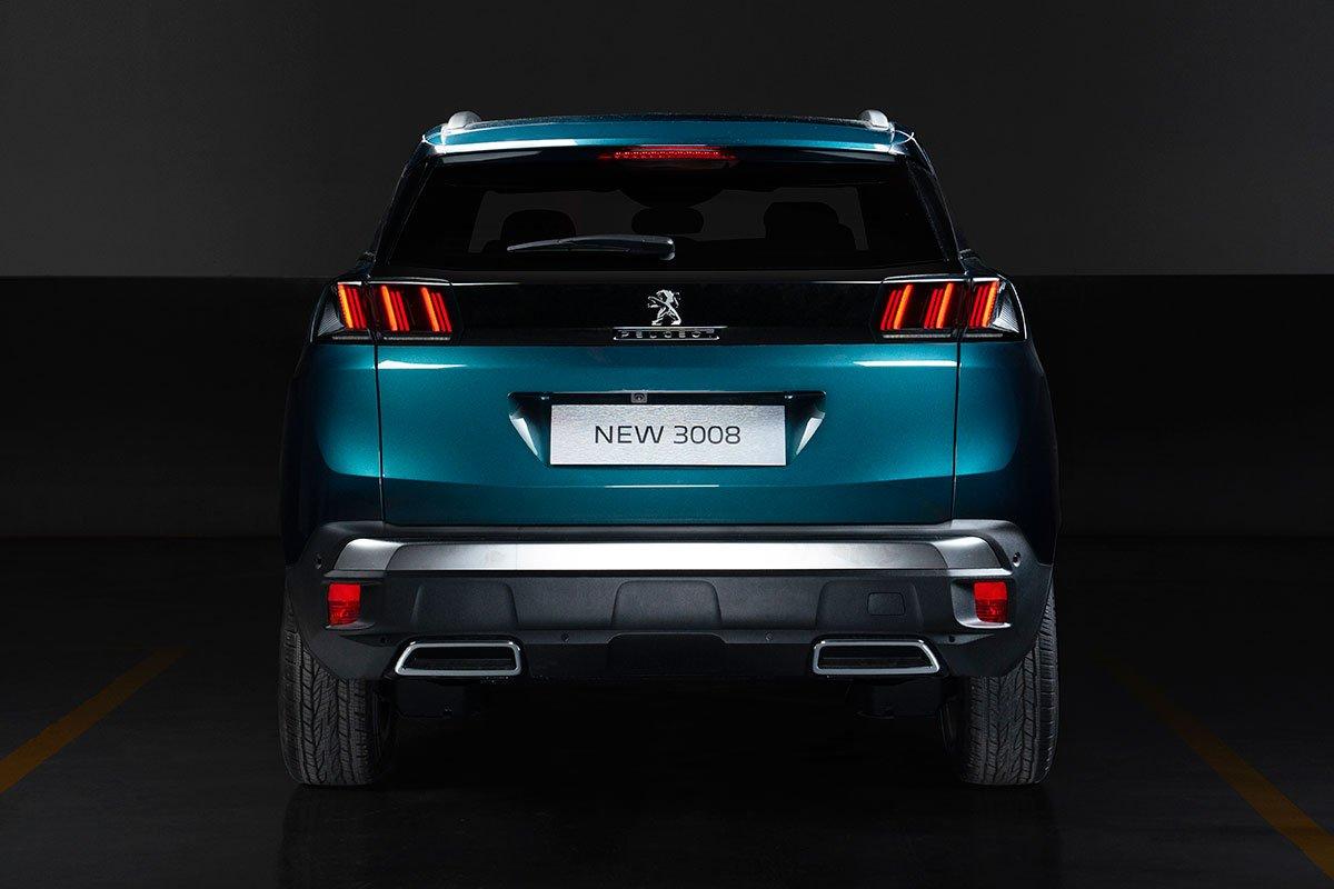 đuôi xe Peugeot 3008 2021 mới nhất.