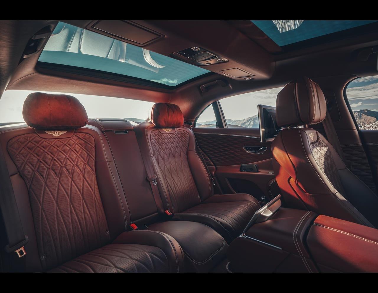 Bentley hứa hẹn tiếp tục phát triển để nâng tầm nội thất lên 1 chuẩn mực mới.