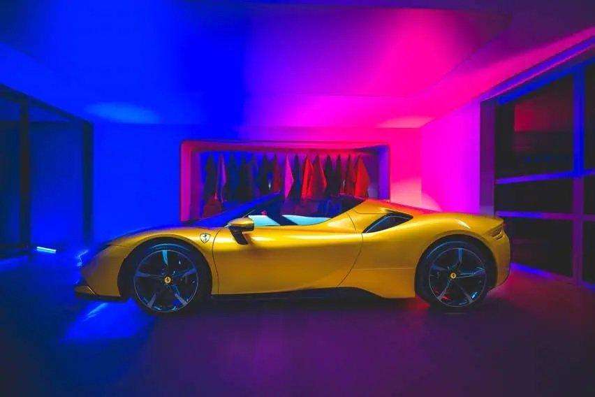 Siêu phẩm mui trần Ferrari SF90 Spider với vẻ đẹp hoàn mỹ.