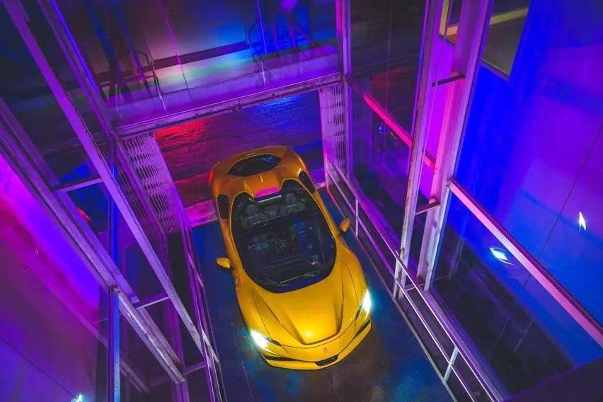 Siêu phẩm mui trần Ferrari SF90 Spider được xem là kiệt tác của hãng.