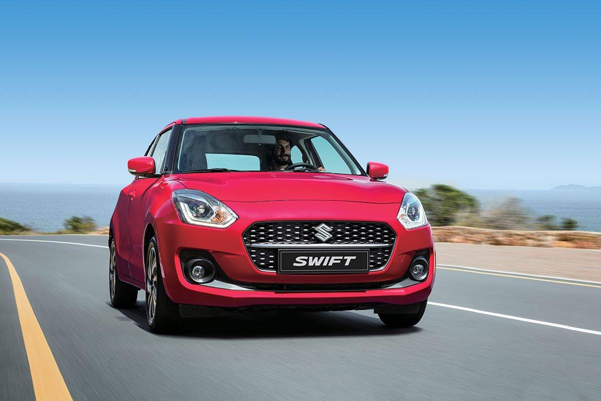 đầu xe Suzuki Swift 2021.