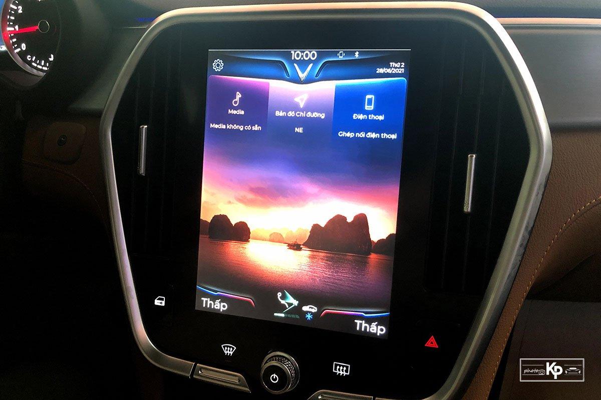 Chạy chưa được 1.000km, VinFast Lux SA2.0 2021 bán lại giá hấp dẫn a9