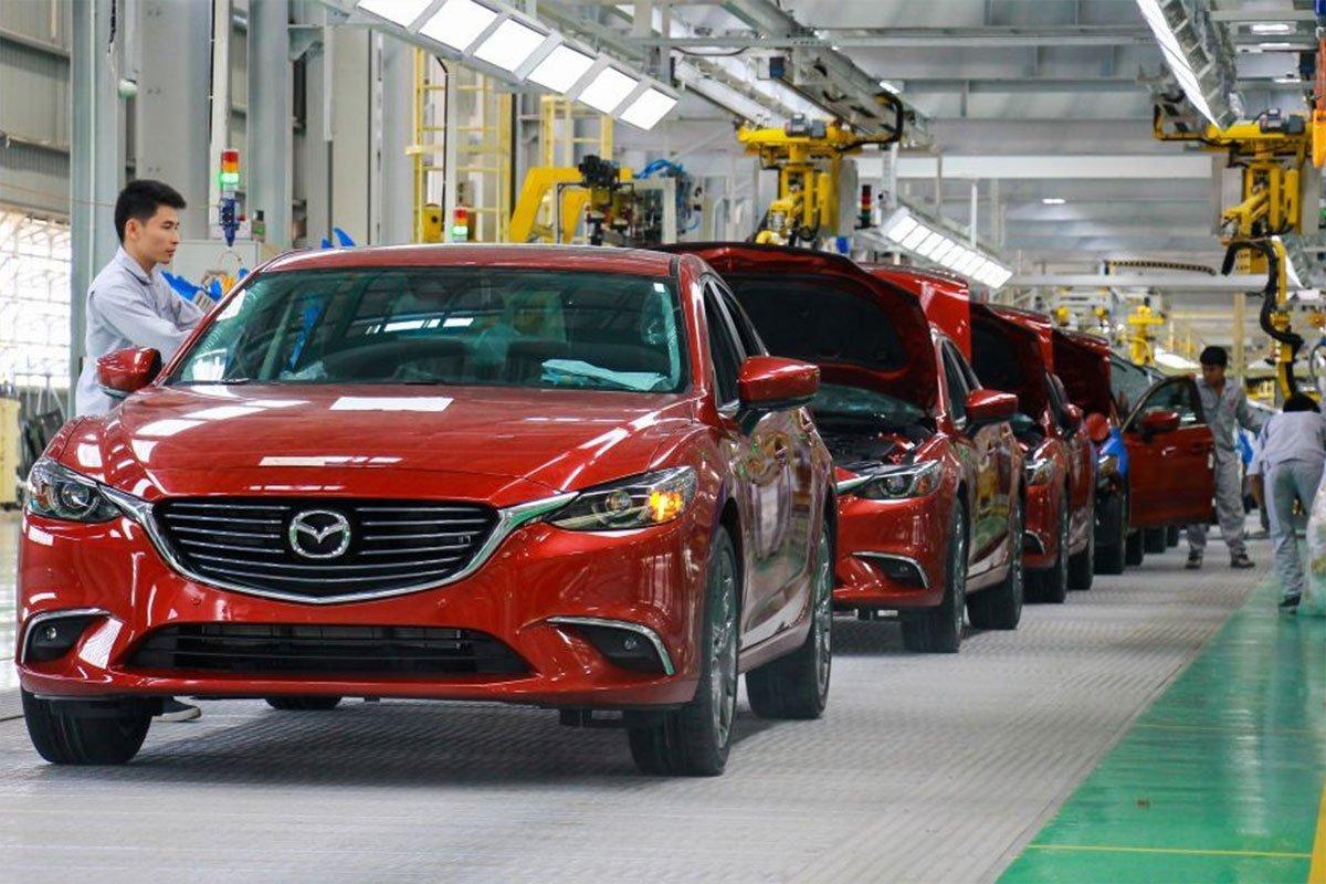 Bộ Công Thương đã đề xuất các giải pháp tập trung giải quyết 2 điểm nghẽn của ngành công nghiệp ô tô.