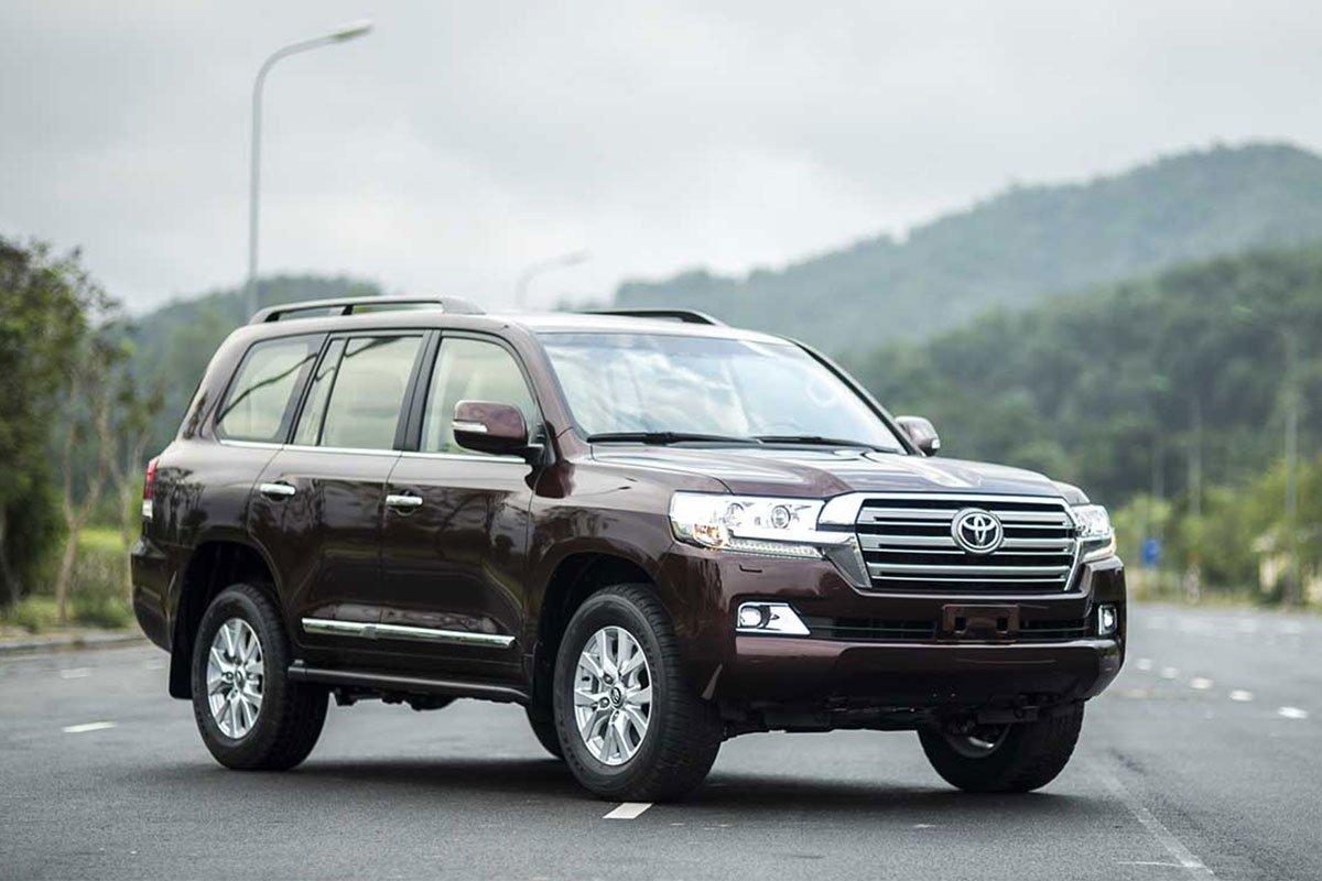 'huyền thoại' Toyota Land Cruiser bị khai tử vào năm sau.