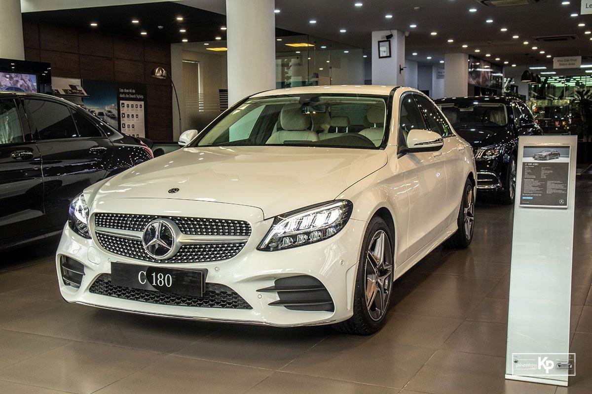 Giá xe Mercedes-Benz C-Class