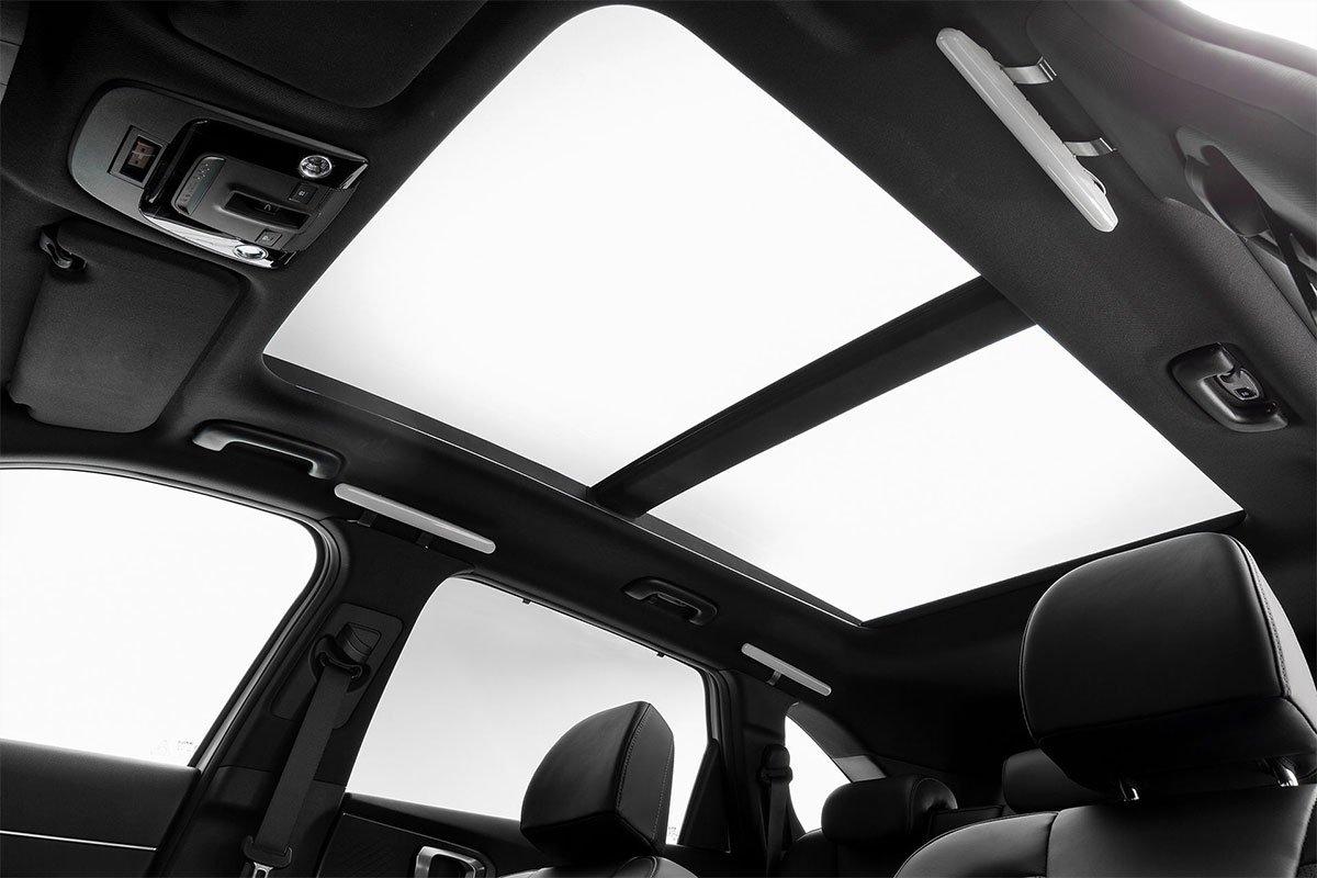 Cửa sổ trời Kia Sorento 2022.