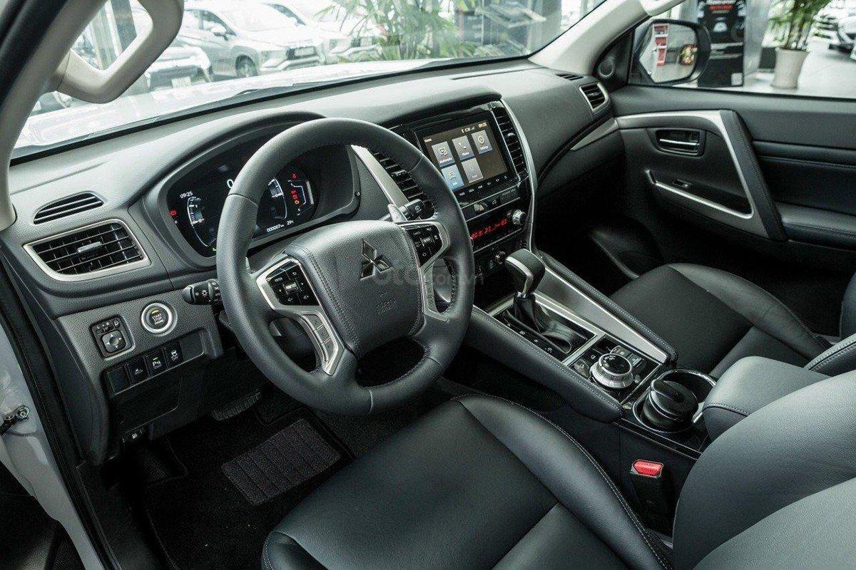 Nội thất của Mitsubishi Pajero Sport 2020.