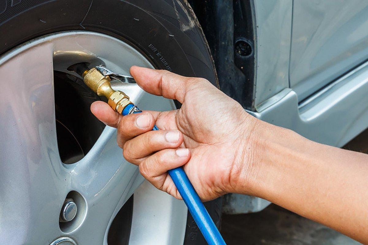 Bơm lốp xe bằng khí Nito không đem lại hiệu quả rõ rệt so với bơm bằng khí thông thường.