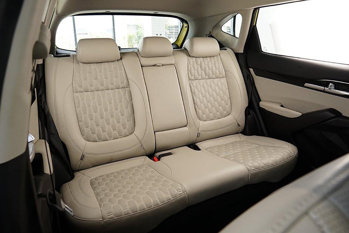 Xe Kia Seltos có 3 chế độ lái là Eco, Normal và Sport giúp xe hoạt động linh hoạt trên mọi địa hình.