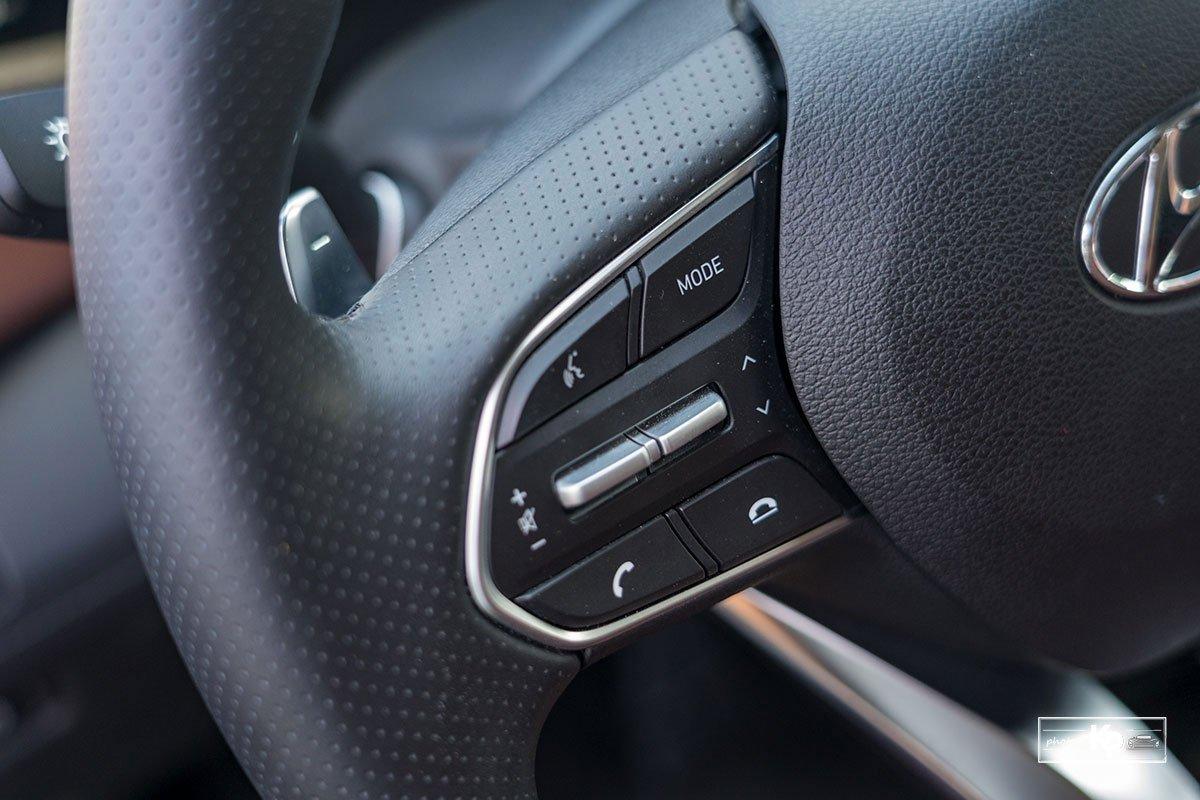 Ảnh Nút bấm xe Hyundai Santa Fe 2021