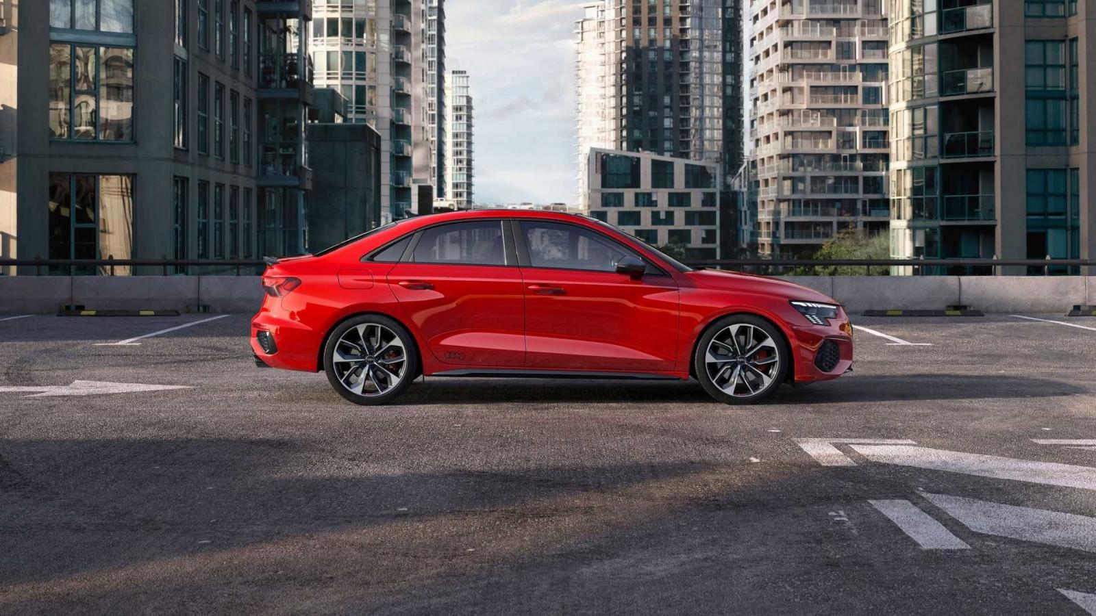 Audi A3 và S3 Sedan 2022 mới mạnh mẽ hơn.