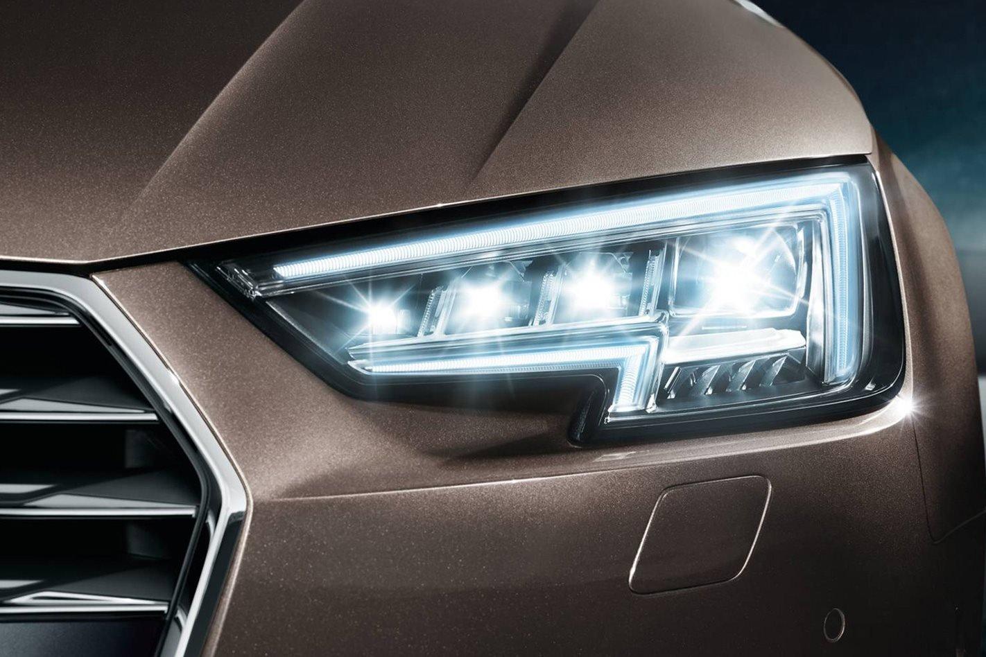 Đèn matrix LED trên xe Audi.