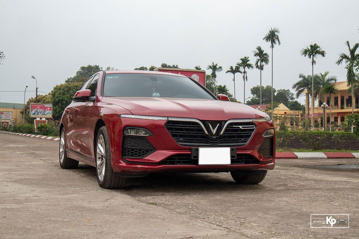 Người dùng đánh giá xe VinFast Lux A2.0 a1