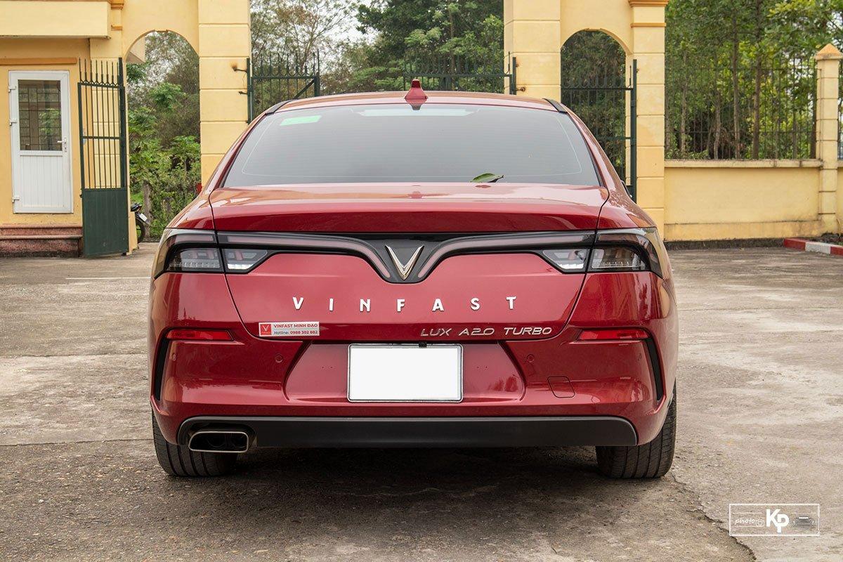 Người dùng đánh giá xe VinFast Lux A2.0 a11
