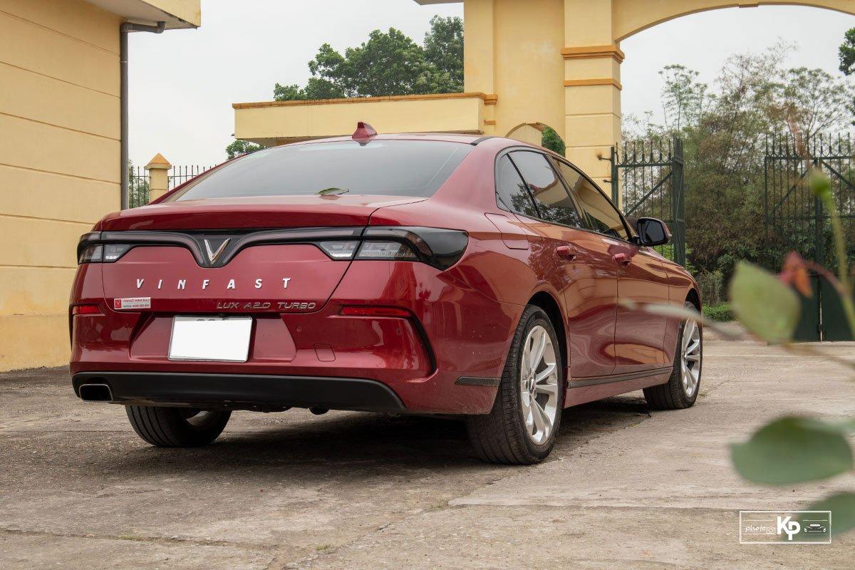 Người dùng đánh giá xe VinFast Lux A2.0 a9