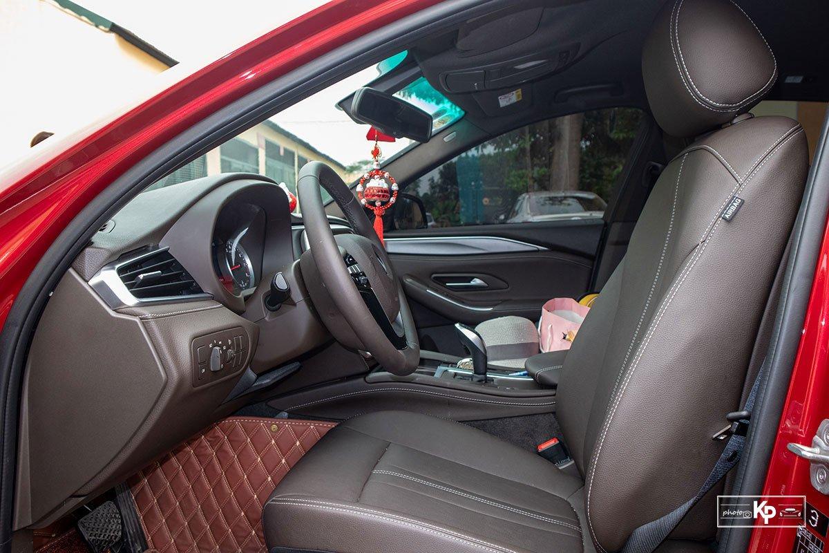 Người dùng đánh giá xe VinFast Lux A2.0 a12