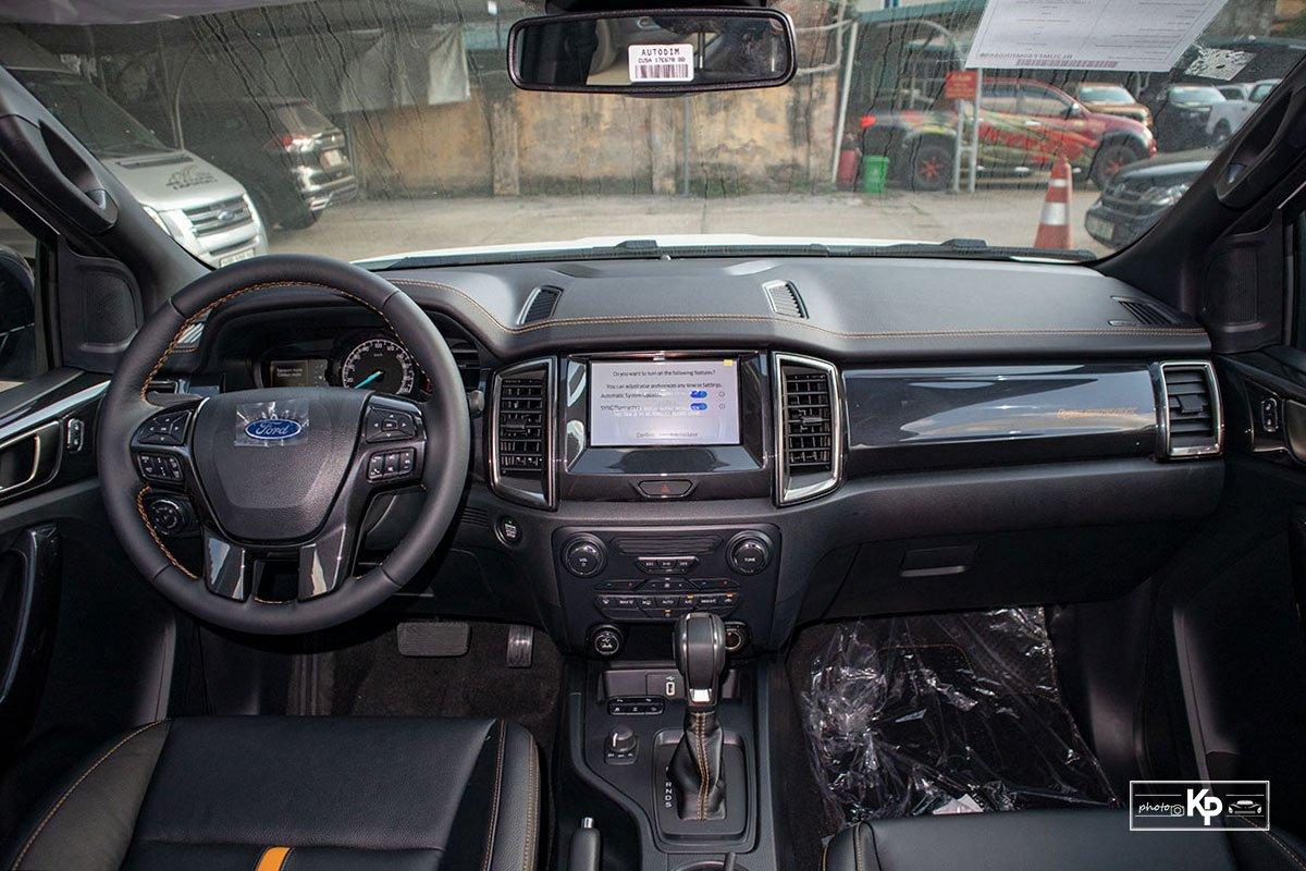 Nội thất xe Ford Ranger 2021