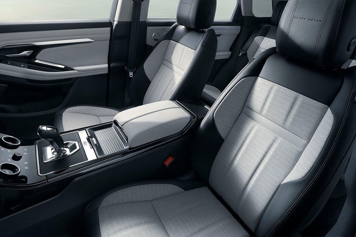 Ghế ngồi trên Range Rover Evoque L được thiết kế sang trọng.