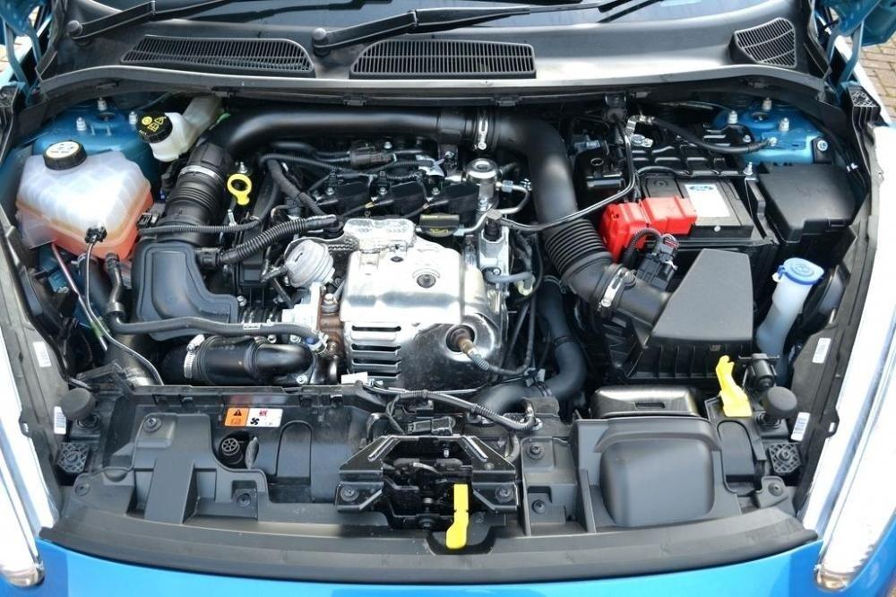 động cơ Ford Fiesta.
