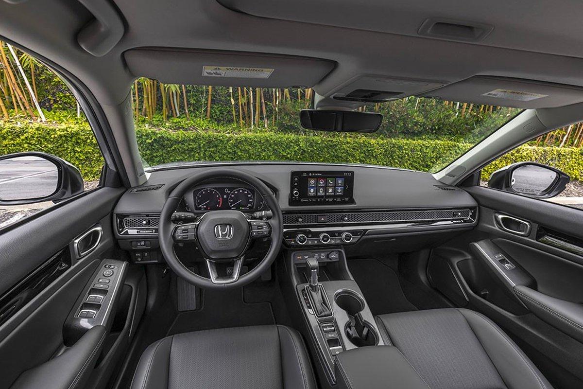 Nội thất của Honda Civic 2022 cũng đã thay đổi đáng kể.