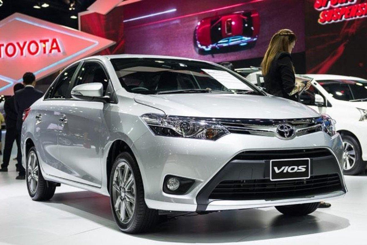 Toyota Vios 2017 cũ giá từ 350 giao dịch sôi động, vượt Hyundai Accent về lượt tìm kiếm 1