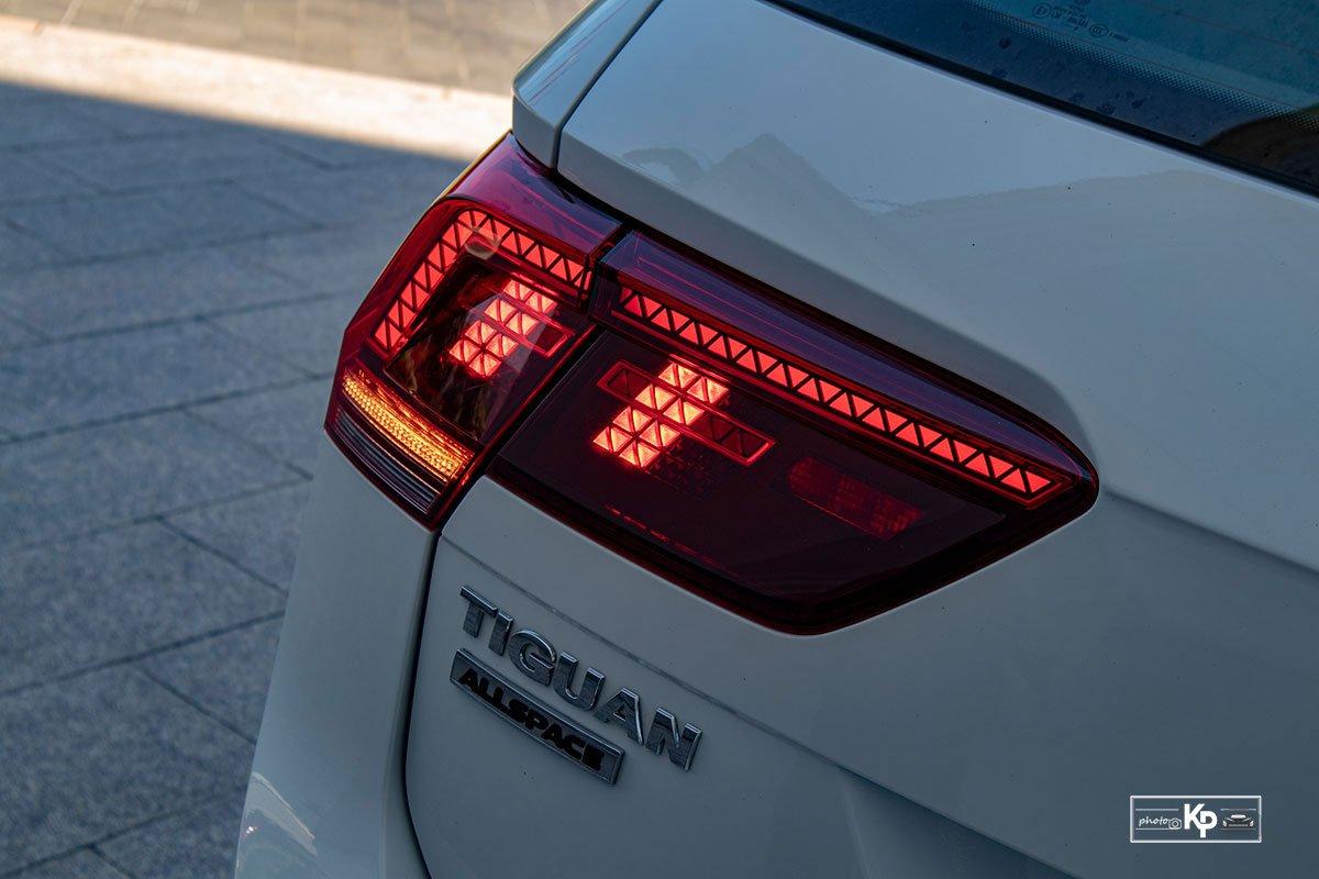 Ảnh Đèn hậu xe Volkswagen Tiguan 2021