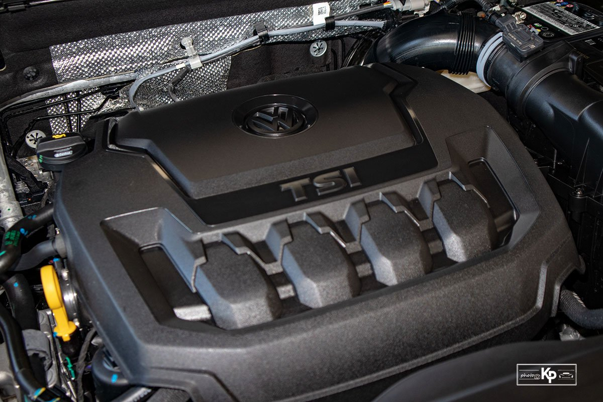 Ảnh Động cơ xe Volkswagen Tiguan 2021