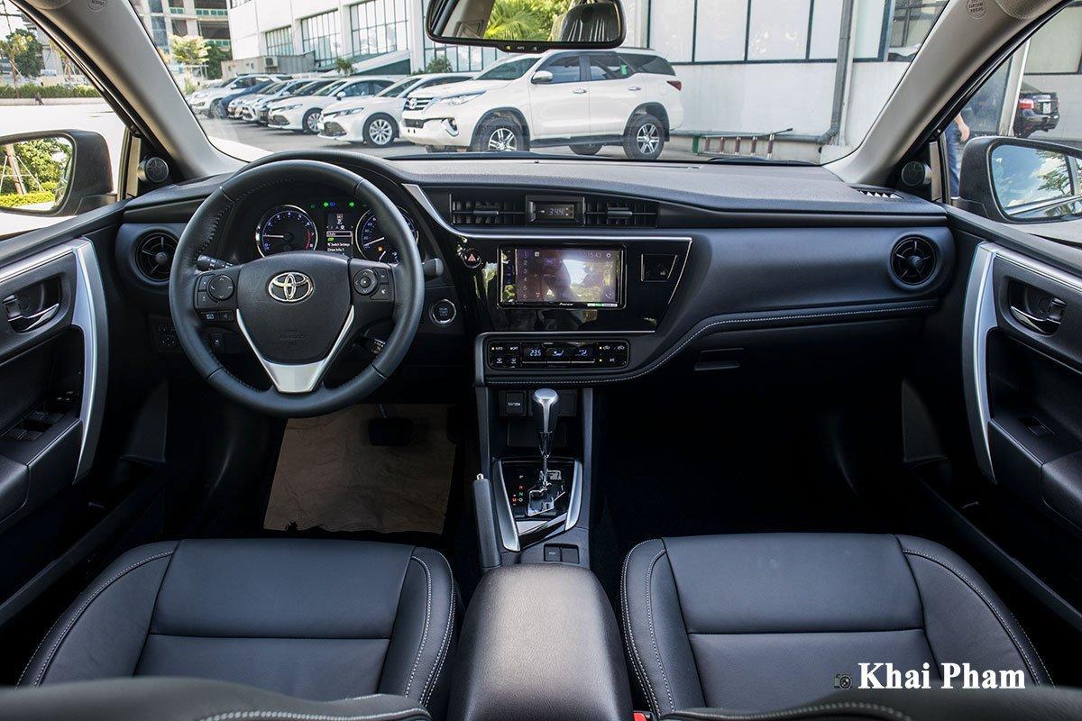 Vì sao Toyota Corolla Altis cũ được săn đón hơn Kia Cerato? a2
