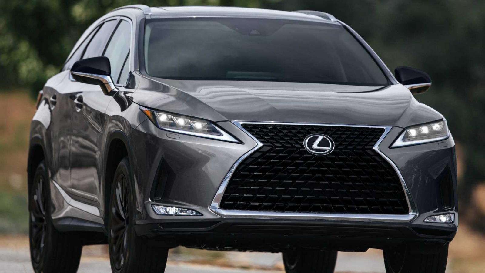 Lexus RX L Black Line 2022 trình làng với nhiều nâng cấp thiết kế bắt mắt.