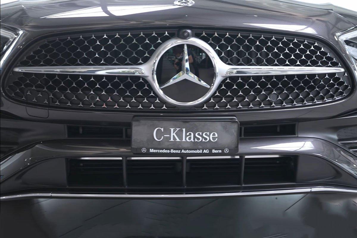 Đây là Mercedes-Benz C-Class 2022 ngoài đời thực Đẹp xuất sắc, đáng chờ đợi về Việt Nam a2