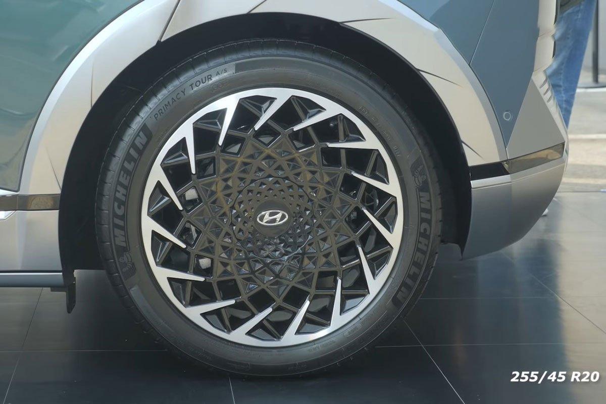 Bóc tem Hyundai Ioniq 5 2022 Xe điện xịn xò, cùng phân khúc Tucson, nhưng dài hơn cả Palisade a5