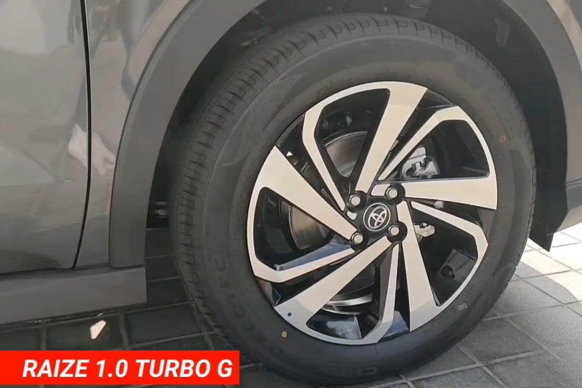 """Bóc tách"" hai bản Toyota Raize 2021, có đủ hấp dẫn đấu Kia Sonet? a4"