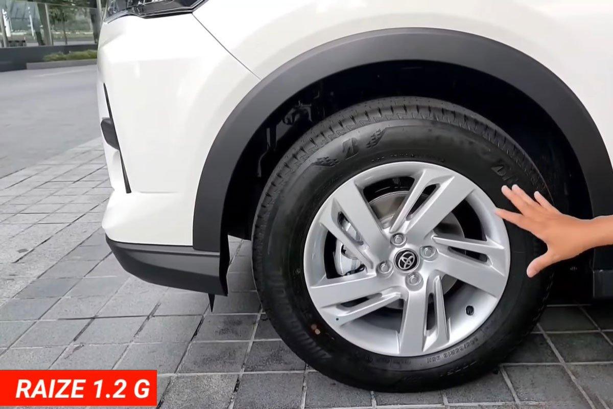 """Bóc tách"" hai bản Toyota Raize 2021, có đủ hấp dẫn đấu Kia Sonet? a5"