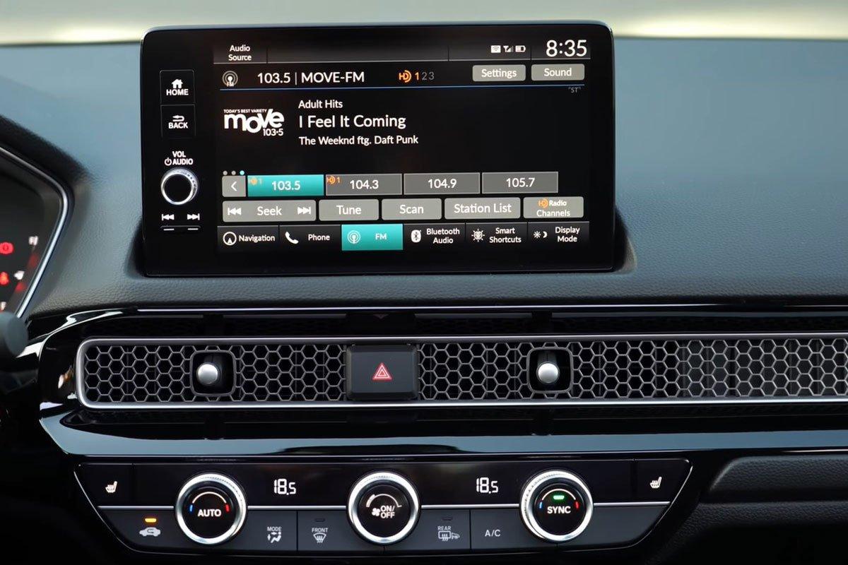 Ảnh màn hình xe Honda Civic 2022