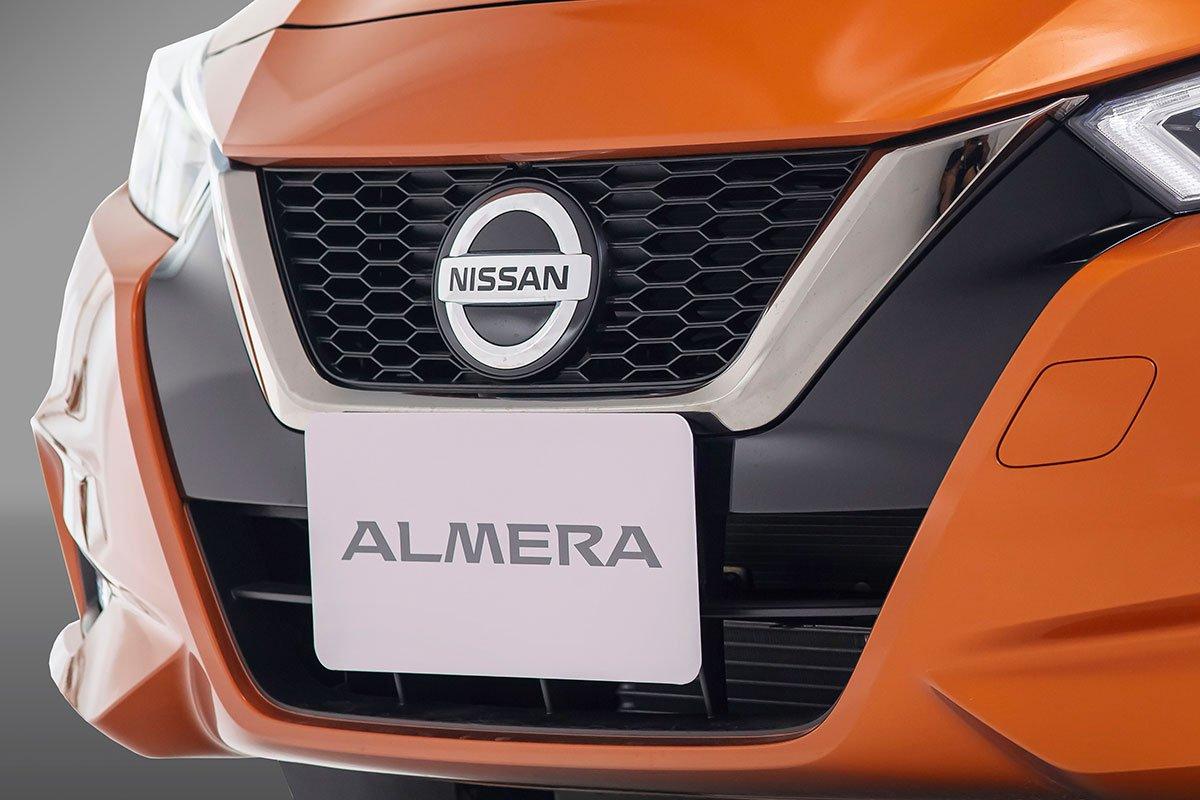 Nissan Almera 2021 ra mắt, giá cao nhất 579 triệu đồng, khách hàng đặt xe sớm nhận ngay ưu đãi 40 triệu đồng a4