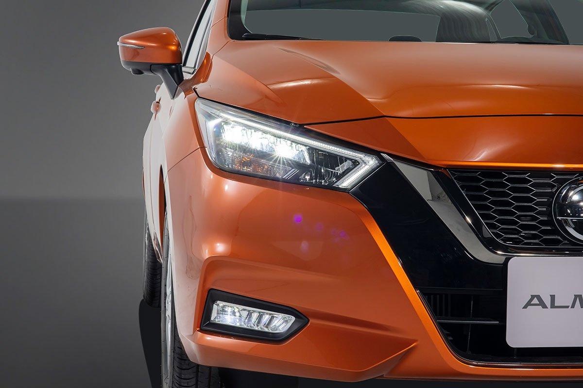 Nissan Almera 2021 ra mắt, giá cao nhất 579 triệu đồng, khách hàng đặt xe sớm nhận ngay ưu đãi 40 triệu đồng a3