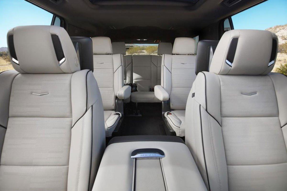 ghế ngồi trên xe Cadillac Escalade2021