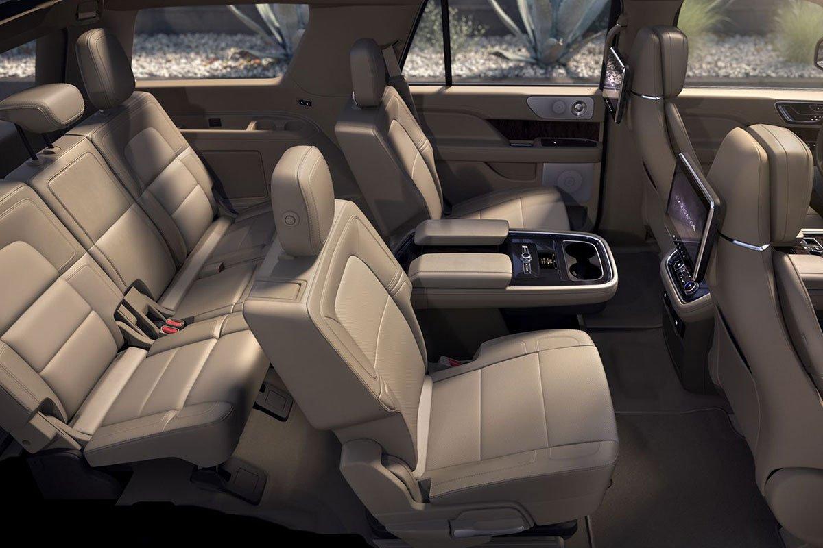 ghế xe Lincoln Aviator .