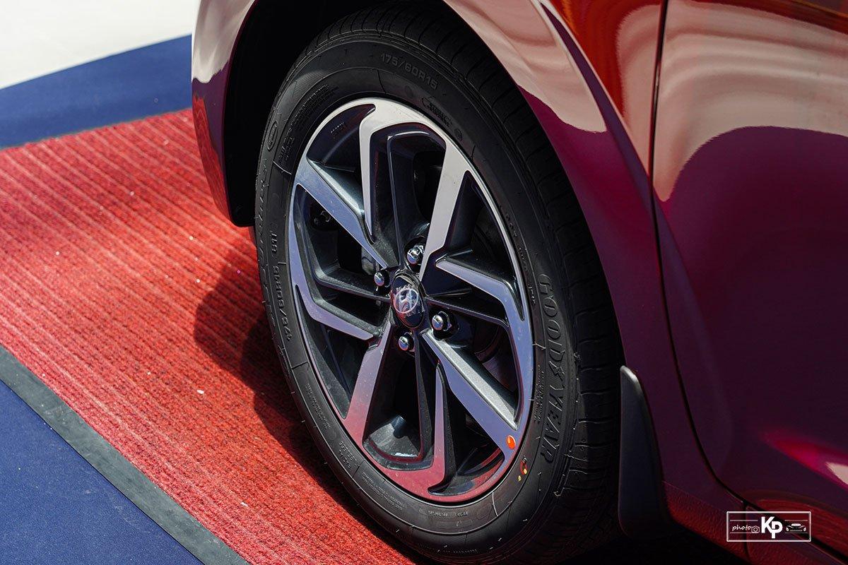 """""""Bóc tem"""" Hyundai Grand i10 Hatchback 2021 vừa về đại lý, 435 triệu đồng có đấu được Fadil? a7"""