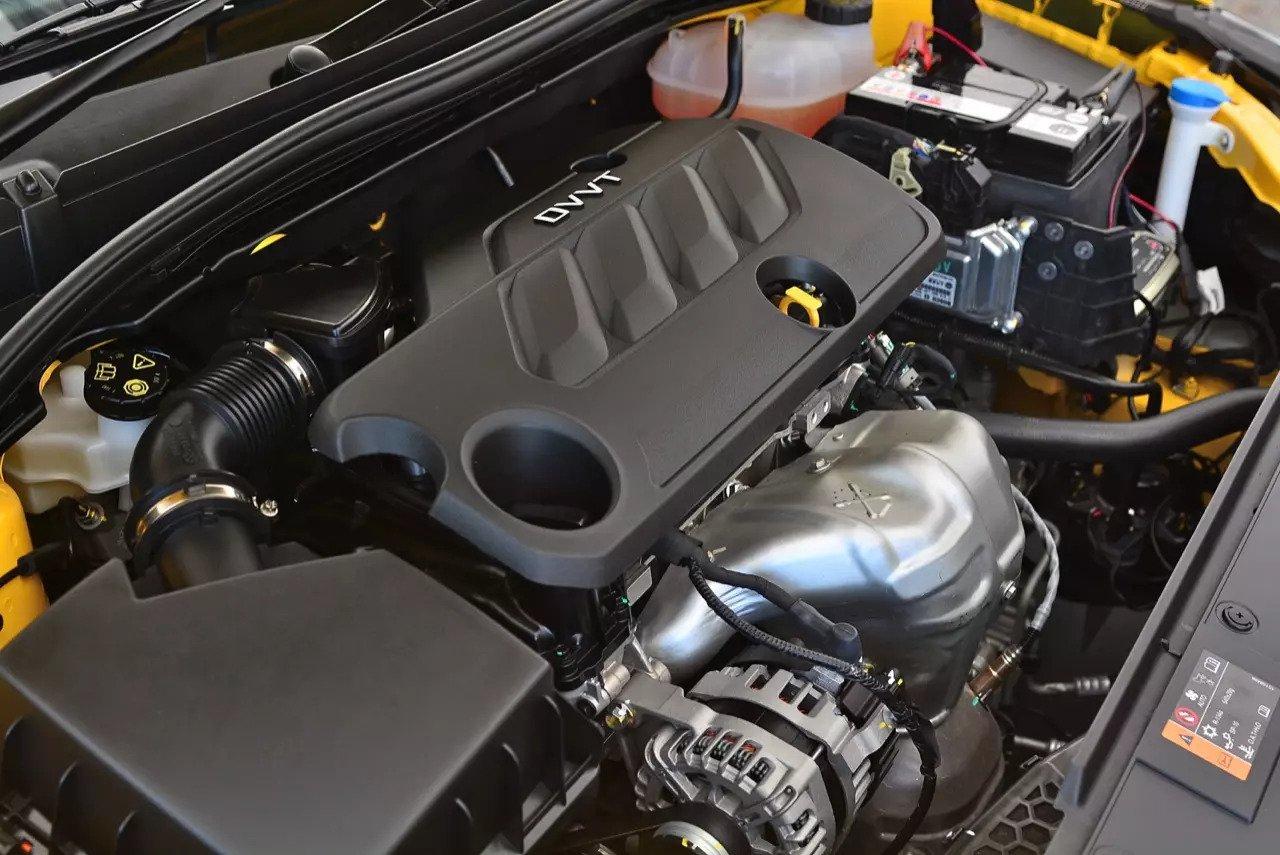 Động cơ xe MG5 2021.