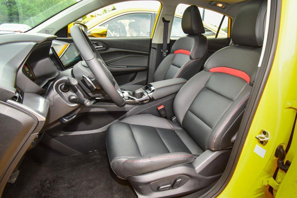 ghế trước xe MG5 2021