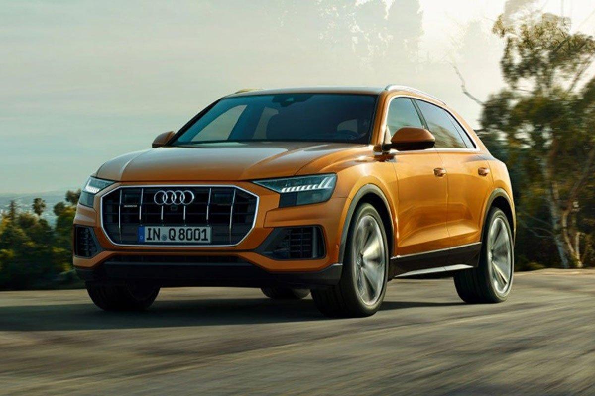 đầu xe Audi Q8 2021.