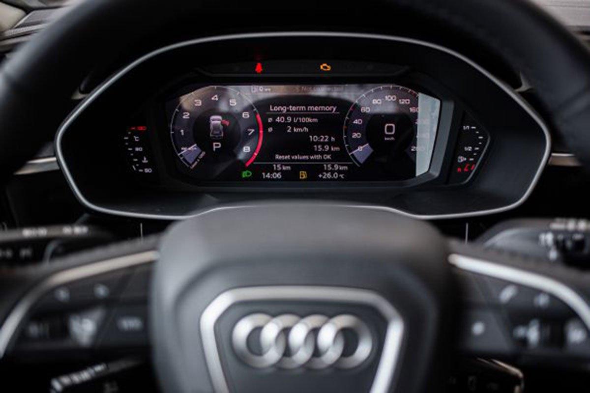 bảng thông số trên Audi Q3.