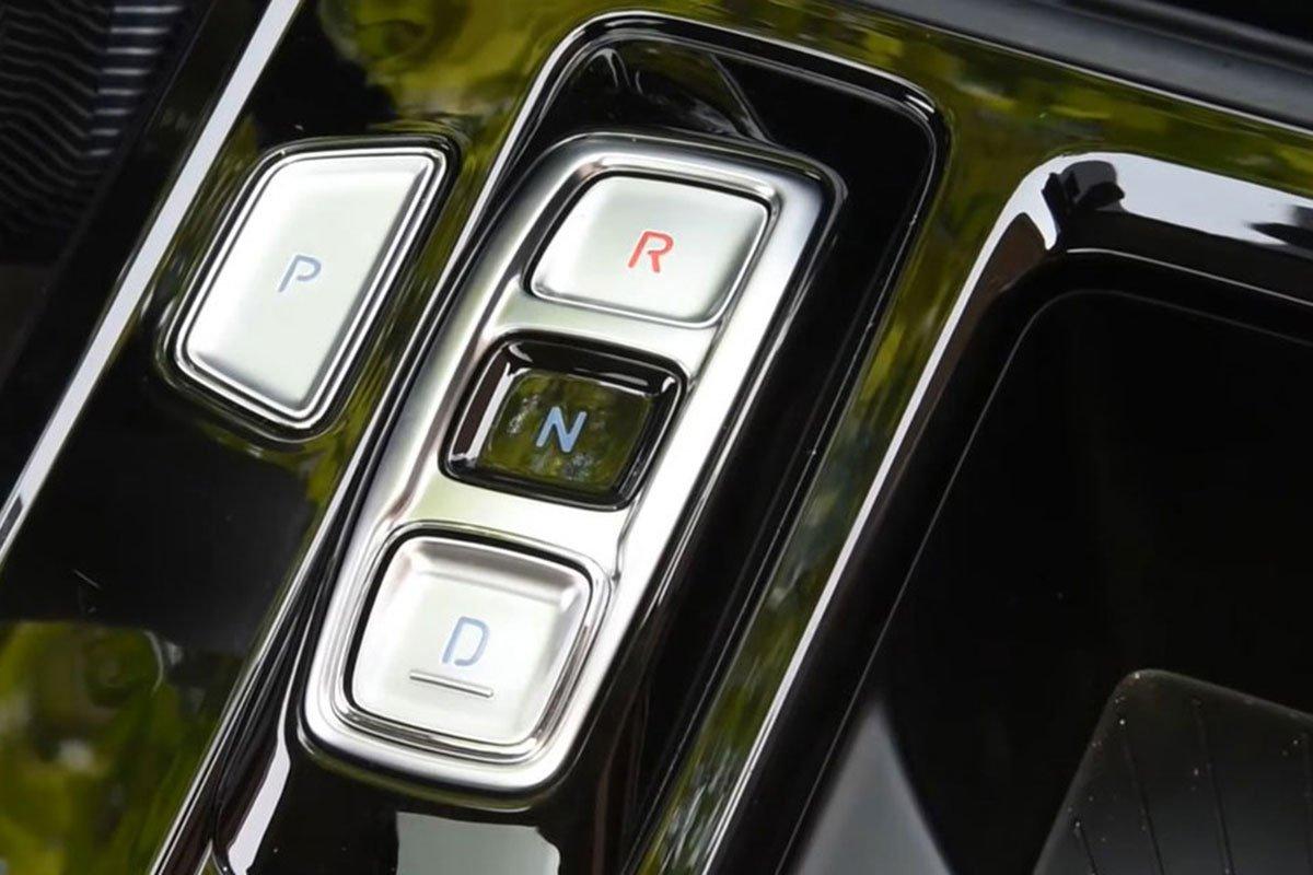 """""""Bóc tem"""" Hyundai Custo 2022: Tucson bản MPV có nội thất như xe Tesla a16"""