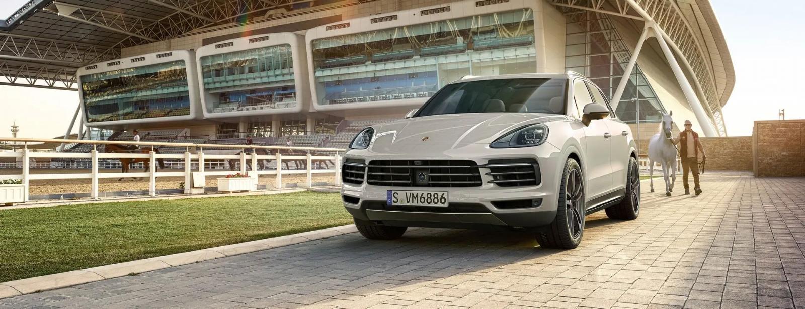 Giá xe Porsche Cayenne.