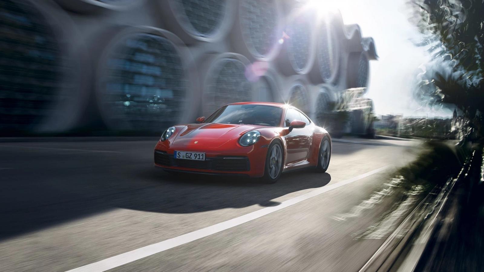 Động cơ xe Porsche 911.