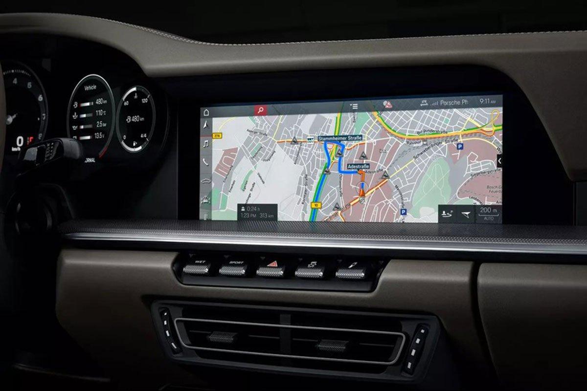 màn hình cảm ứng xe Porsche 911.
